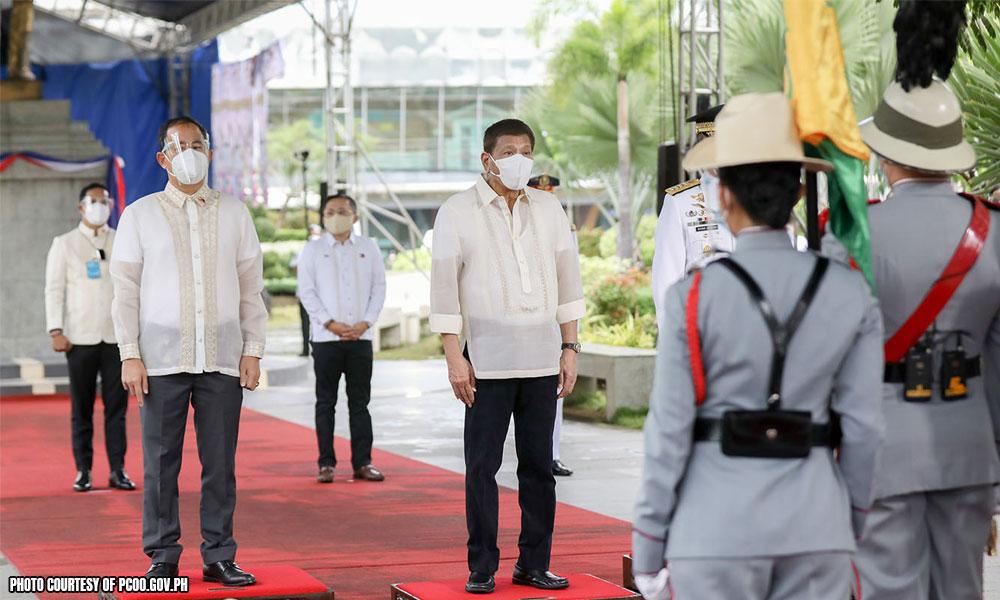 Digong muntik maaksidente sa Independence Day event